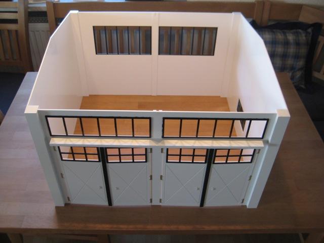 fahrzeughalle mit spitzdach f r diverse bundeswehrfahrzeuge in 1 16 rc panzer. Black Bedroom Furniture Sets. Home Design Ideas